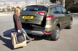 Ford Kuga: il portellone si apre senza mani