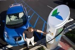 L'Ue accelera la diffusione delle colonnine di ricarica elettrica