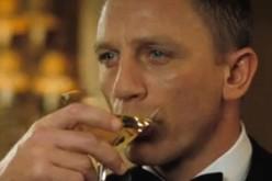 James Bond? Nella vita reale sarebbe impotente e con la cirrosi