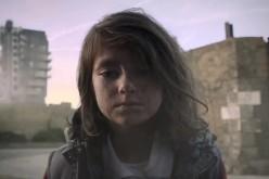 Save The Children: un VIDEO ci mostra la guerra dagli occhi dei bambini