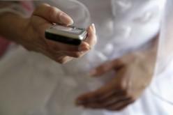Abolire la tassa governativa sui cellulari