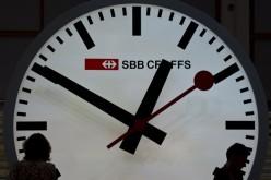 Apple: 21 milioni di dollari alle ferrovie svizzere per l'orologio