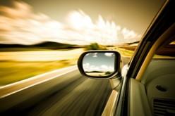 Automobile sempre importante ma traffico, costi e ambiente sono le crescenti preoccupazioni dei cittadini europei