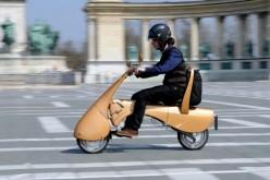 Ecco il video di Moveo, lo scooter elettrico che si porta in spalla