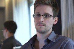 """Edward Snowden chiede aiuto a Twitter: """"Persuadete il Governo dell'Ecuador ad accogliermi"""""""