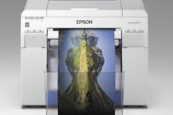 Epson SureLab D700, la nuova stampante compatta a 6 colori per stampe fotografiche
