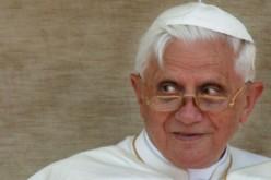 Gli hacker minacciano @pontifex, quando non sbagliano account