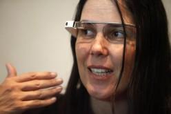Google Glass: Cecilia Abadie multata per averli indossati mentre guidava