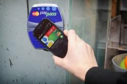 Google Wallet diventa una carta di debito