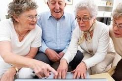 Il web? Per i nonni comaschi è un gioco da ragazzi