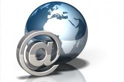 L'e-mail si inchina davanti ai social network