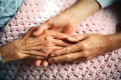 Lo stress in età avanzata aumenta il rischio Alzheimer nelle donne