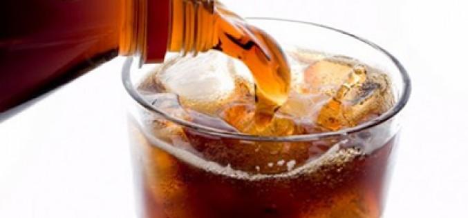 """Diabete, chiesta l'introduzione della """"sugar tax"""" sulle bevande zuccherate"""