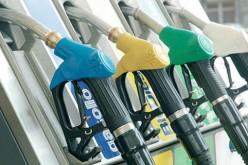 Lombardia: nei comuni frontalieri la benzina costa come in Svizzera