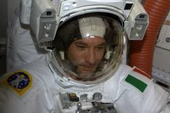 Luca Parmitano: prima della passeggiata spaziale parlerà con i bambini