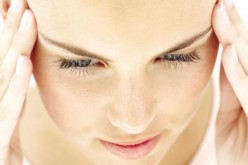 Sconfiggere il mal di testa? Meno sale ai pasti riduce gli attacchi