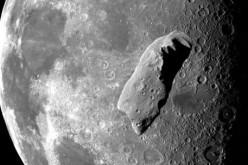 Meteorite colpisce la Luna, l'esplosione visibile a occhio nudo (video)
