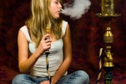Fumo, notizia shock: il narghilè equivale a 100 sigarette