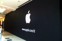 Rapinato per la terza volta l'Apple Store di Torino