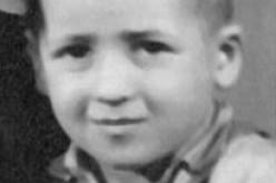 Reduce di Auschwitz cerca il fratello perduto su Facebook