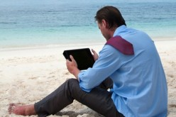 Smartphone e tablet: lavoro flessibile o vacanze blindate?
