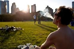 Sole e fumo: il modo migliore per invecchiare prima