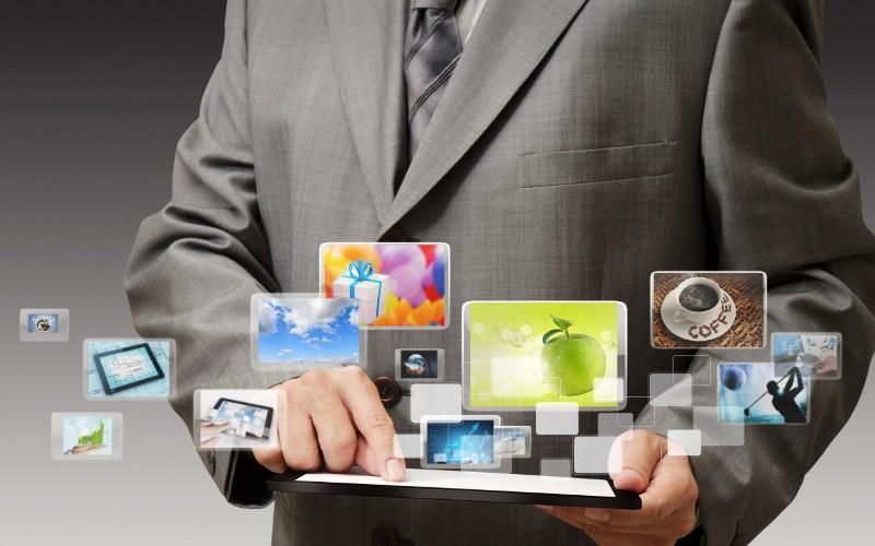 Sono gli utenti di tablet ad aver acquistato di più sul Web nel 2011