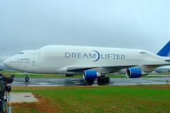 USA: Boeing 747 atterra sulla pista sbagliata ma con aiutino riesce a decollare