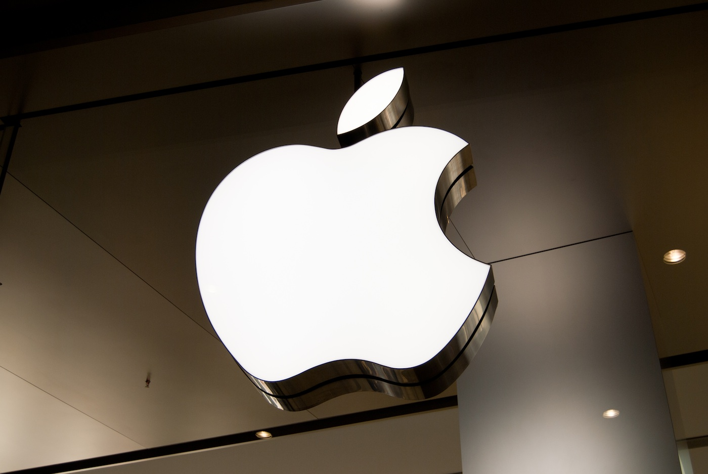 apple store a milano al posto dell'apollo