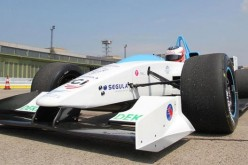 La F1 del futuro? Grafene, plasma e realtà aumentata