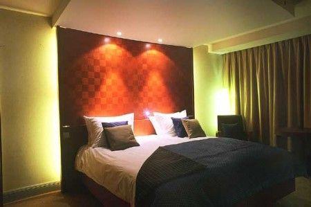 Illuminazione Led Camera Da Letto : Attenzione alla luce in camera da letto fa ingrassare e disturba