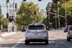 Google addestra le sue autonomous car a evitare i pedoni