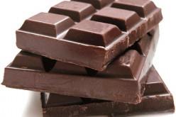 Il cioccolato? Se è fondente fa bene anche ai denti