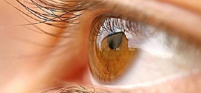 Retina artificiale, impiantato su 5 pazienti un chip wireless