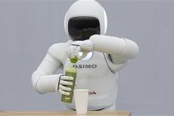 Asimo: il robot umanoide di Honda arriva in Europa