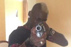"""Balotelli """"spara"""" alla critica su Instagram"""