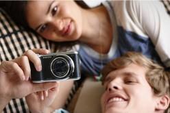 Un milione di selfie al giorno: italiani popolo di narcisisti