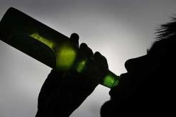 Binge drinking, in Italia cresce il consumo di alcol lontano dai pasti