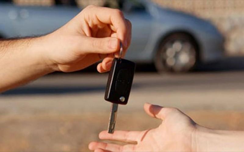Mercato auto usate: lieve frenata nel primo semestre