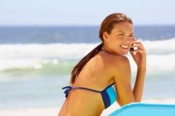 Cellulari e vacanze: 10 consigli per risparmiare