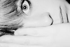 Insonnia, chi dorme poco rischia danni al cervello