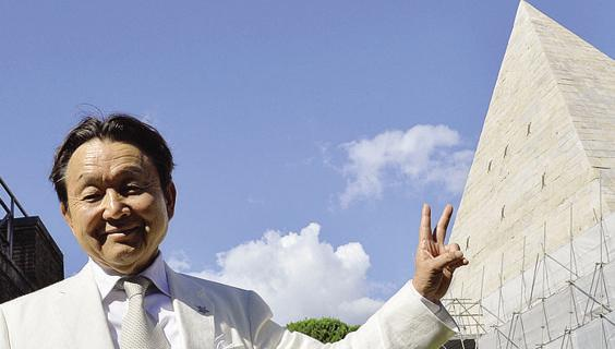 Restauro lampo della Piramide Cestia, video con sponsor del mecenate giapponese