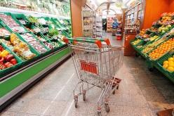 Consumi in calo e risparmio: l'Italia torna a 10 anni fa