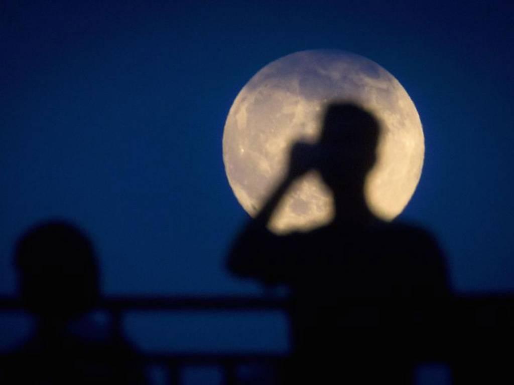 La Cina prepara una luna artificiale