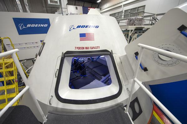 La NASA si accorda con Boeing e SpaceX per il nuovo programma di voli spaziali