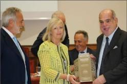 Ingenico Italia riceve il Premio Nazionale per l'Innovazione nei Servizi 2014