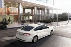 Nuova Ford Mondeo: riconosce i pedoni e frena da sola
