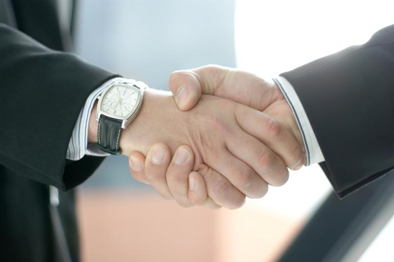 Accordo tra SOLUTIONS 30 e MASSANO per l'affitto del ramo d'azienda telecomunicazioni