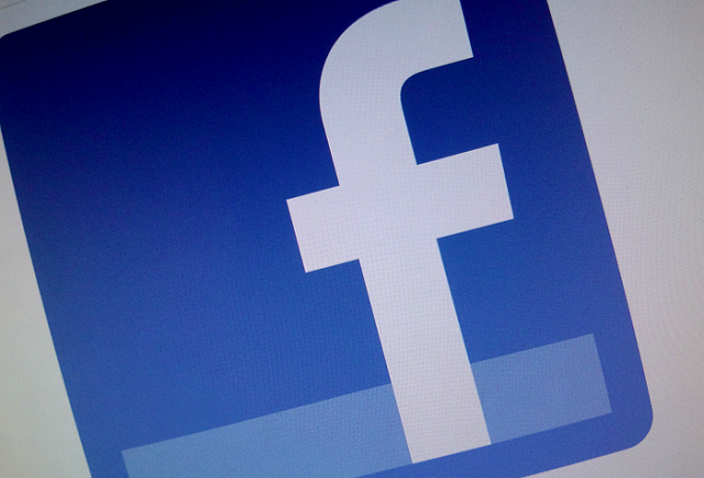 Facebook instagram compravendita armi