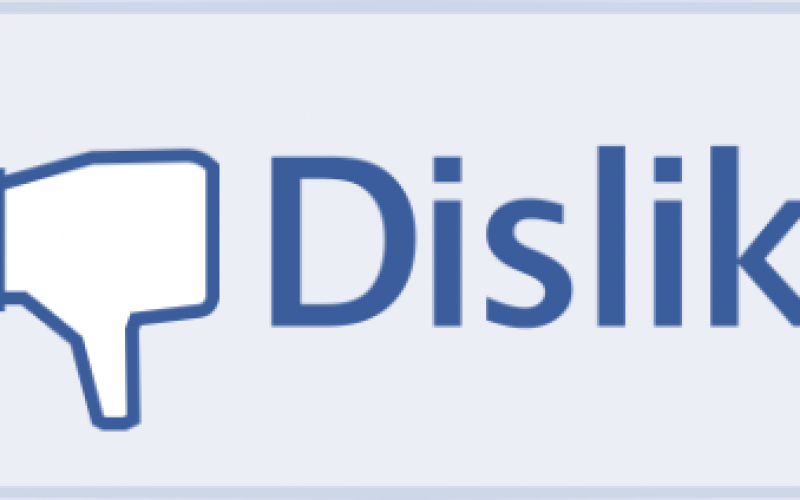 """Facebook brevetta il tasto """"non mi piace"""" (o quasi)"""